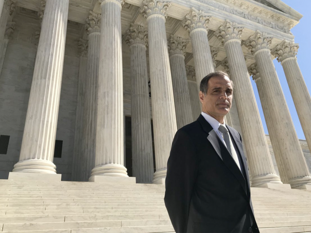 Court sides with Riviera man in free speech case