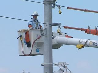 FPL strengthens power poles in Delray