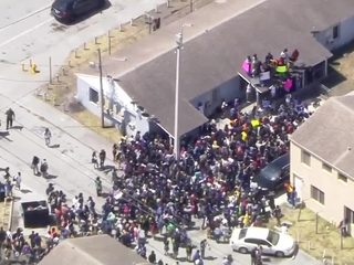 Miami students walk out over gun violence