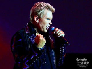 PICS: SunFest Day 1 - Crowd Pics, Billy Idol