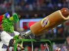 Hot dog launched by Phillie Phanatic injures fan