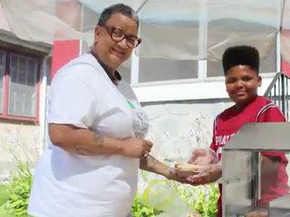 Officials help teen keep his hot dog business