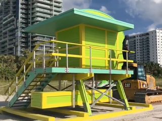 Miami Beach auctioning 6 lifeguard towers