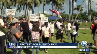 Protest for Puerto Rico held near Mar-a-Lago