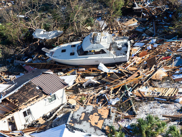 Trump to tour damage from Hurricane Michael