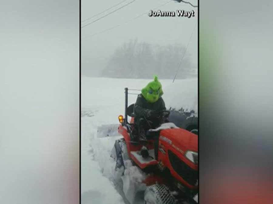 Video The Grinch Caught On Camera Plowing Snow In North